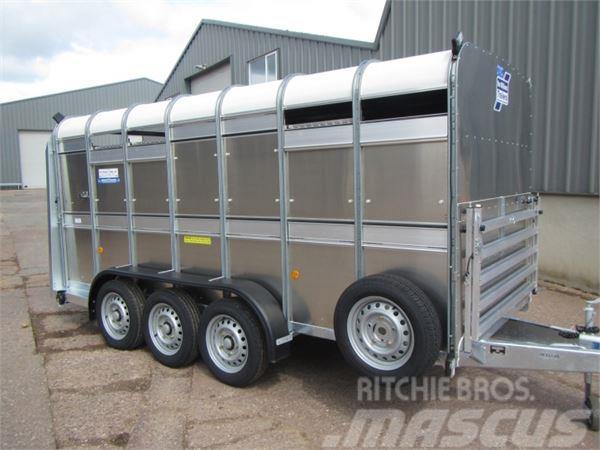 Ifor Williams TA510G3-14 tri-axle trailer 14ft