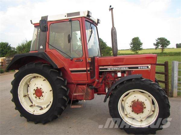 International 844 XL