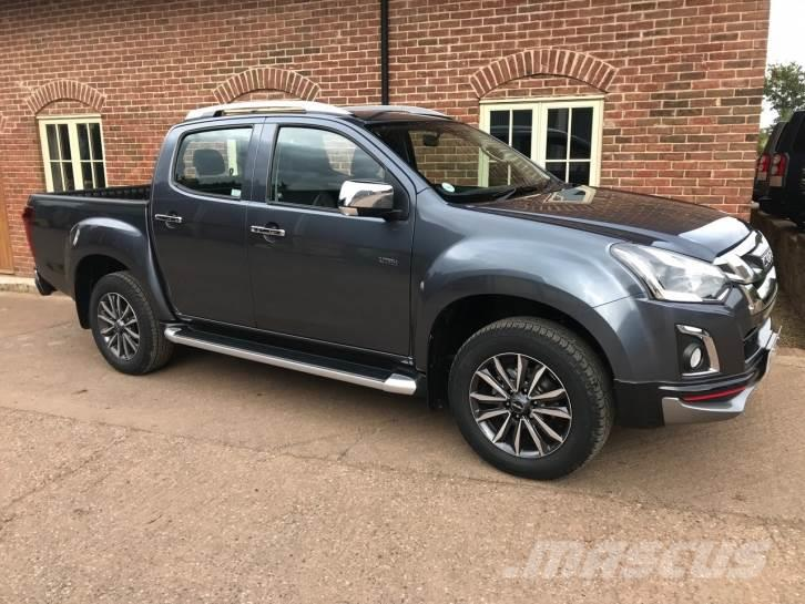 Isuzu D-Max V Cross twin cab pickup