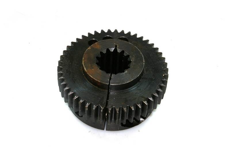 John Deere F044778 Metal hub for clutch