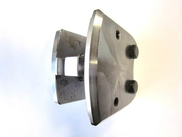 John Deere F062711 Sawplate holder slot 15mm SC