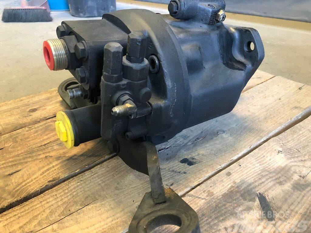 Caterpillar 428 /438 - hydraulic pump 428 / 438