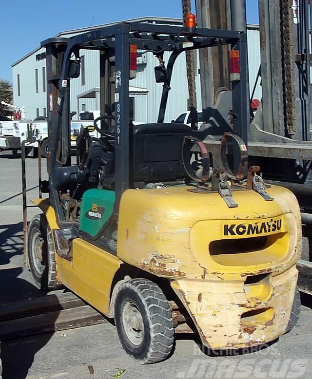 Komatsu FG25T-14