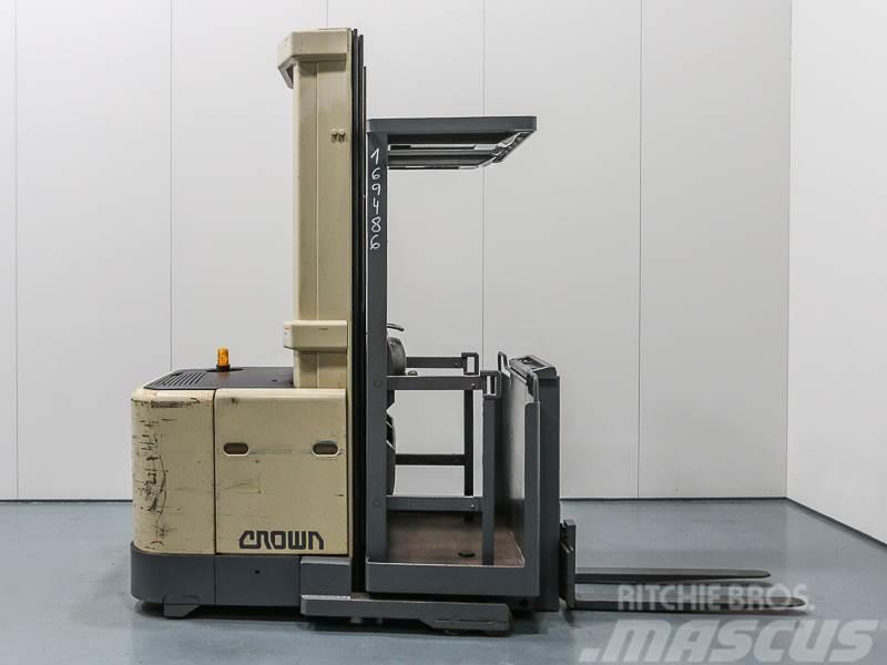 order picker machine