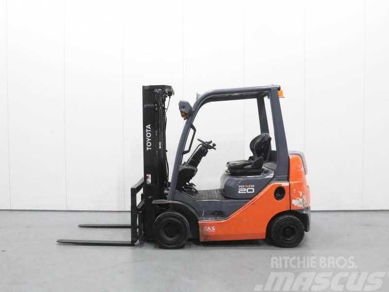 Toyota 02-8FDKF20