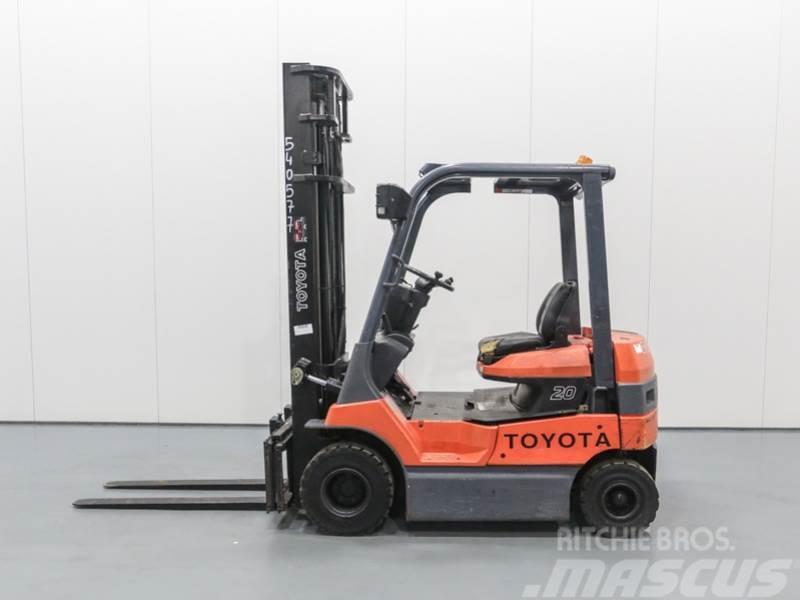 Toyota 7FB20