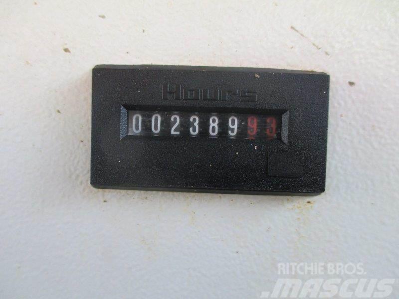 Iveco TRAKKER 410-POMPA MECBO DM246AJ