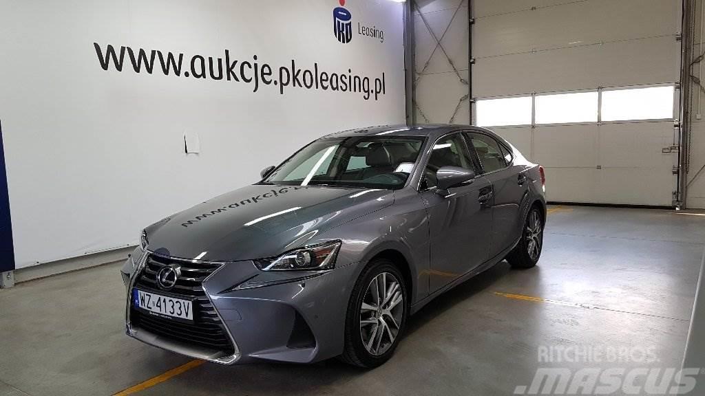 Lexus IS300 sedan Elegance