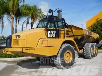 Caterpillar 725C