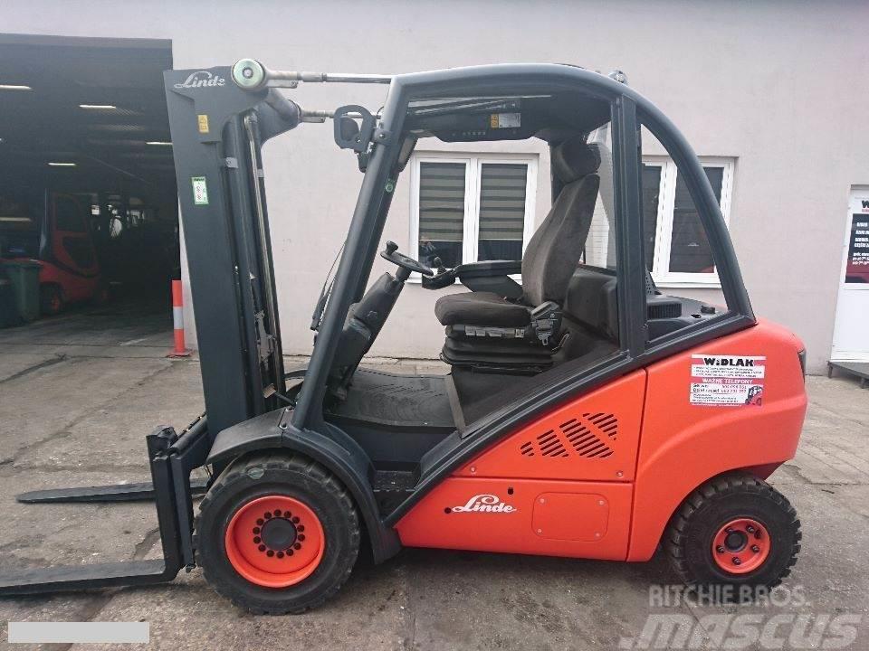 Linde [2013] LINDE H30D diesel 3t side shift