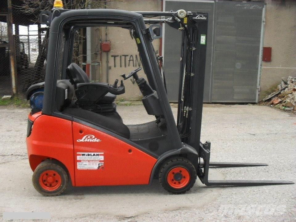 Linde [2017] LINDE H16T LPG 1,6t triplex 6,3m side shift