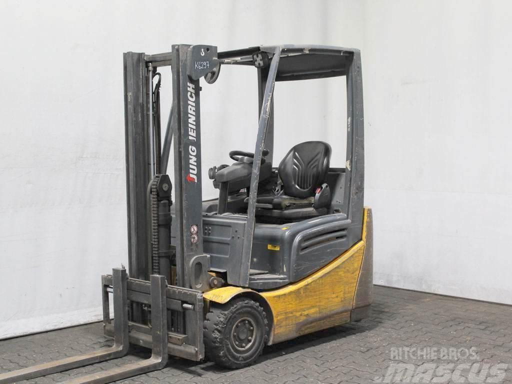 Jungheinrich EFG 215 GE120-300ZZ