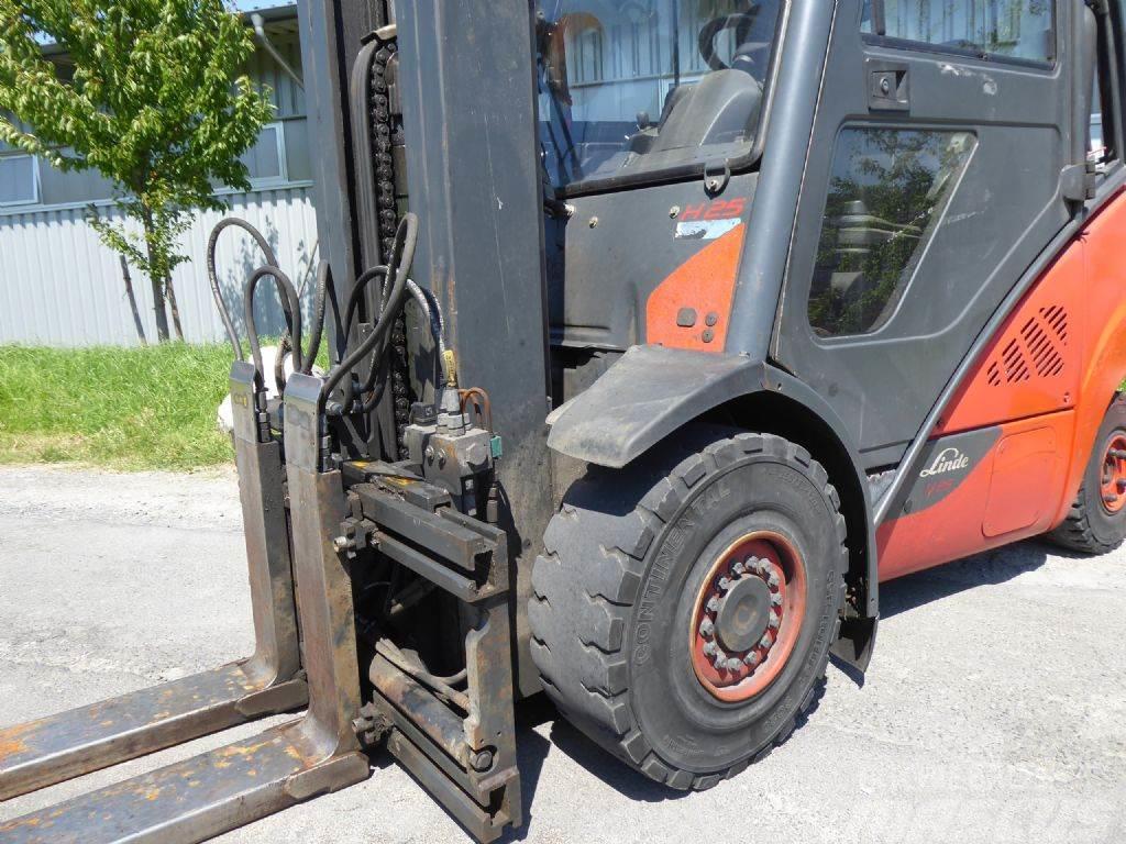 Linde H25T-02 /600