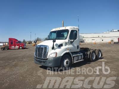 Freightliner PX113064ST