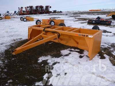 Industrias America 12 Ft Hydraulic