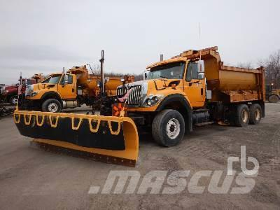 International 7600 SFA