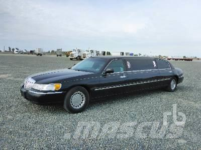 Purchase Lincoln Town Car Cars Bid Buy On Auction Mascus Usa