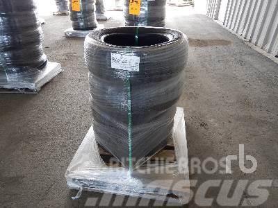 Michelin Qty Of (4) 215/55R17