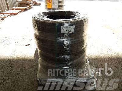 Michelin Qty Of (4) LT235/80R17