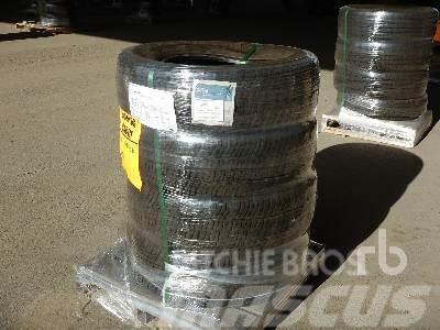 Michelin Qty Of (4) LT245/75R17