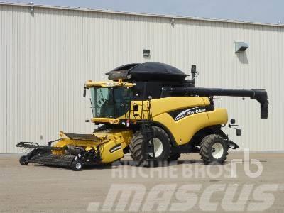 New Holland CR970