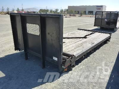 [Other] 16 FT FLATBED BODY Front Bumper Set