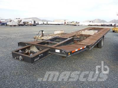[Other] CUSTOMBUILT 32 Ft x 8 ft 3 in S/A 5th Wheel