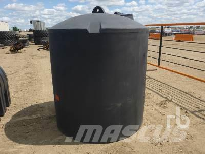 [Other] HOLD-ON INDUSTRIES 650 Gallon Poly