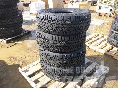 [Other] JOYROAD Qty Of 4 285/70R17 10 Ply Mud