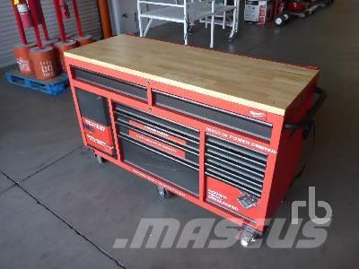 [Other] MILWAUKEE 60 In. Mobile Work