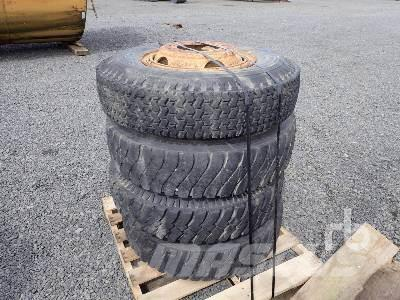 [Other] Qty Of 10.00x20 Tires