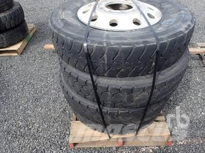 [Other] Qty Of 11R24.5 Tires