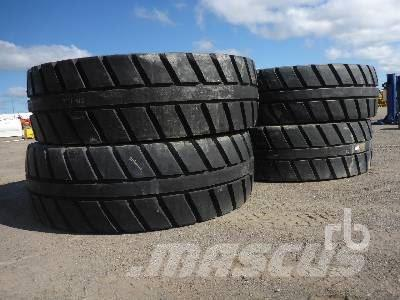[Other] Qty Of 4 Michelin 40.0R57