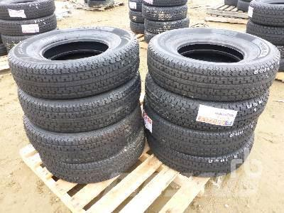 [Other] Qty Of 8 Grizzly 235/80R16