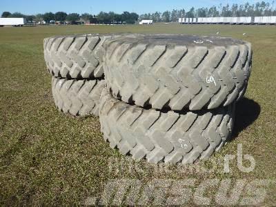 [Other] Qty of Bridgestone 23.5R25 Tires