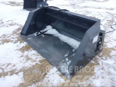 [Other] WOLVERINE 72 In. Dump Bucket