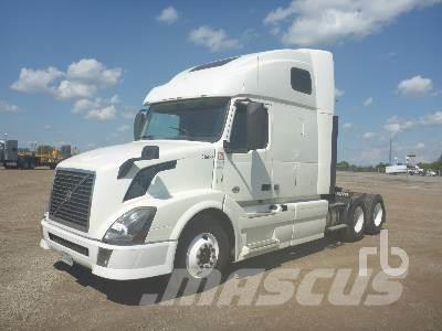 Purchase Volvo Vnl64670 Tractor Units Bid Buy On Auction
