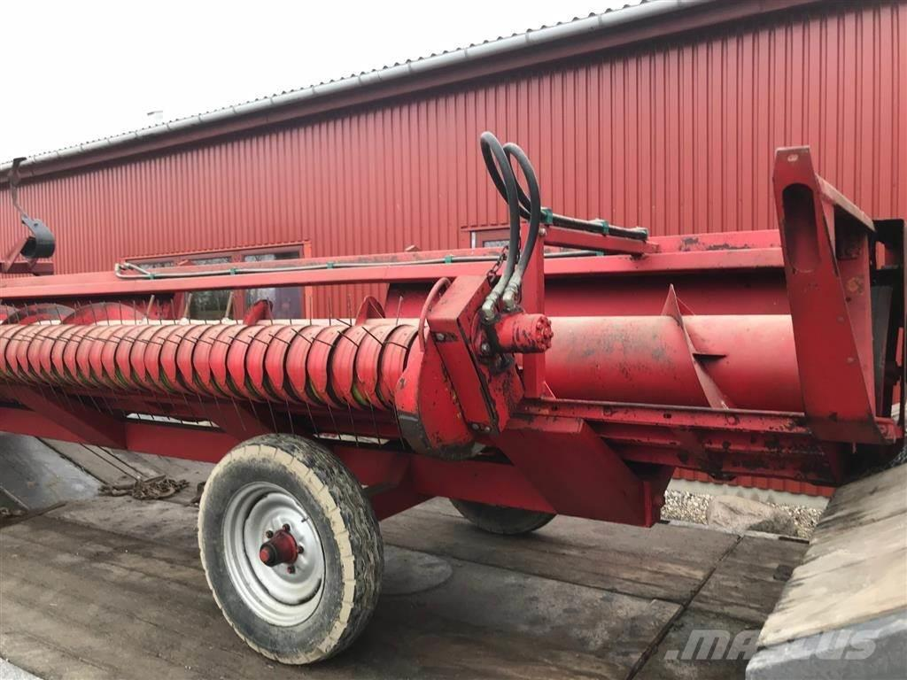 Massey Ferguson 18 fod m. Pick Up/vogn
