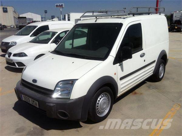 ford transit occasion prix 2 500 ann e d 39 immatriculation 2005 utilitaire ford transit. Black Bedroom Furniture Sets. Home Design Ideas