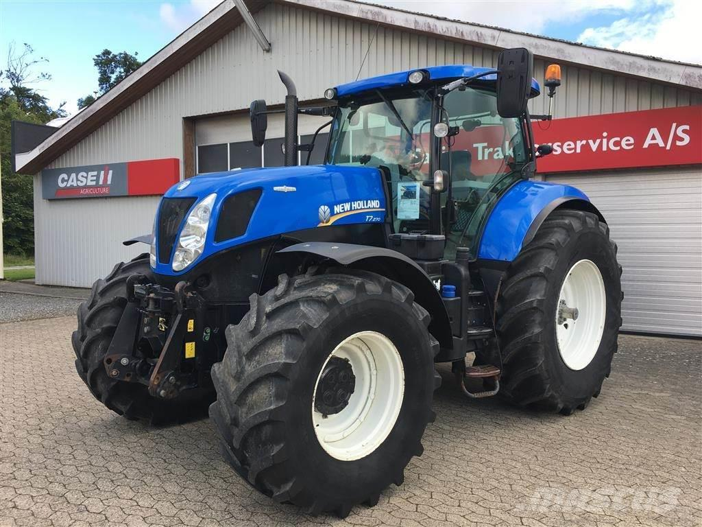 New Holland T 7.270 Auto Command.