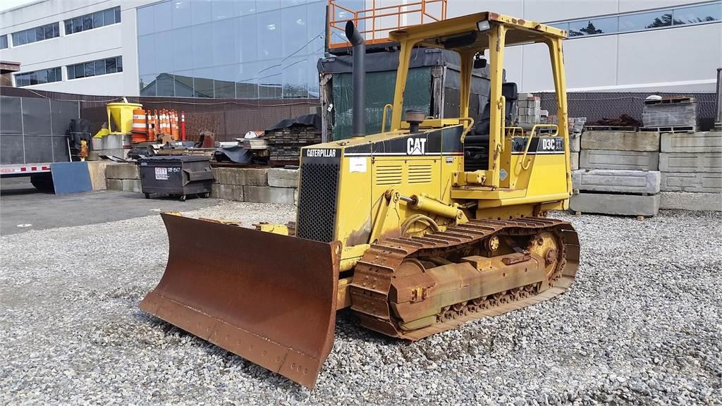 Caterpillar D3C XL III