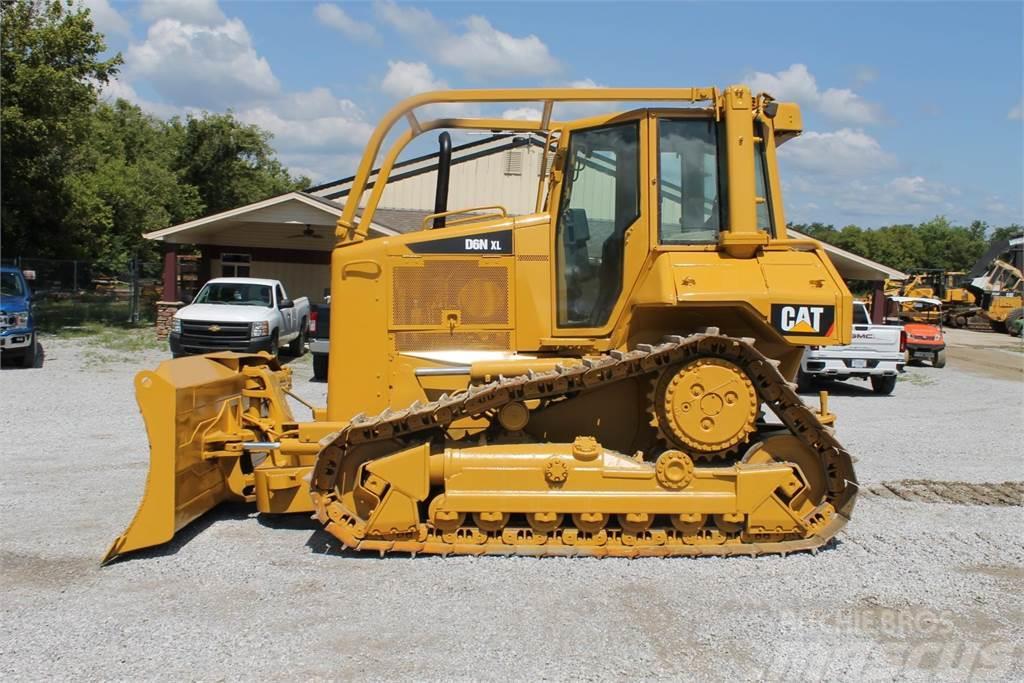 Caterpillar D6N XL