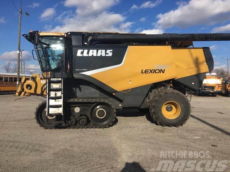 CLAAS LEXION 740TT