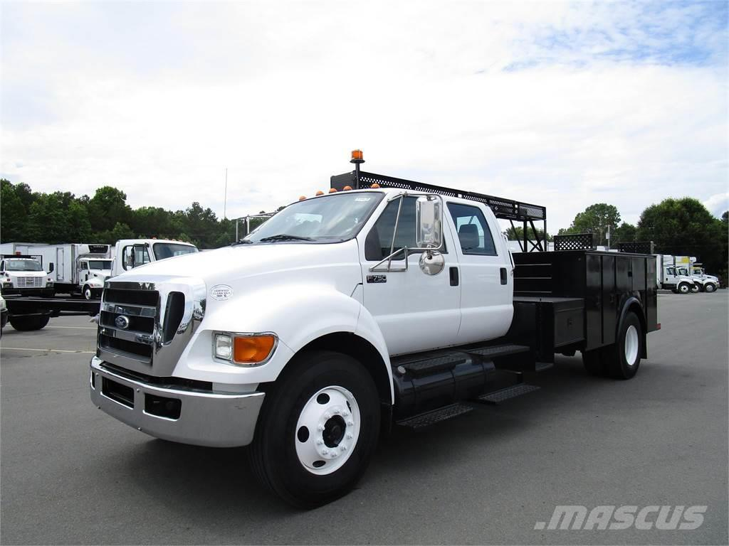 Ford F750 XL SD