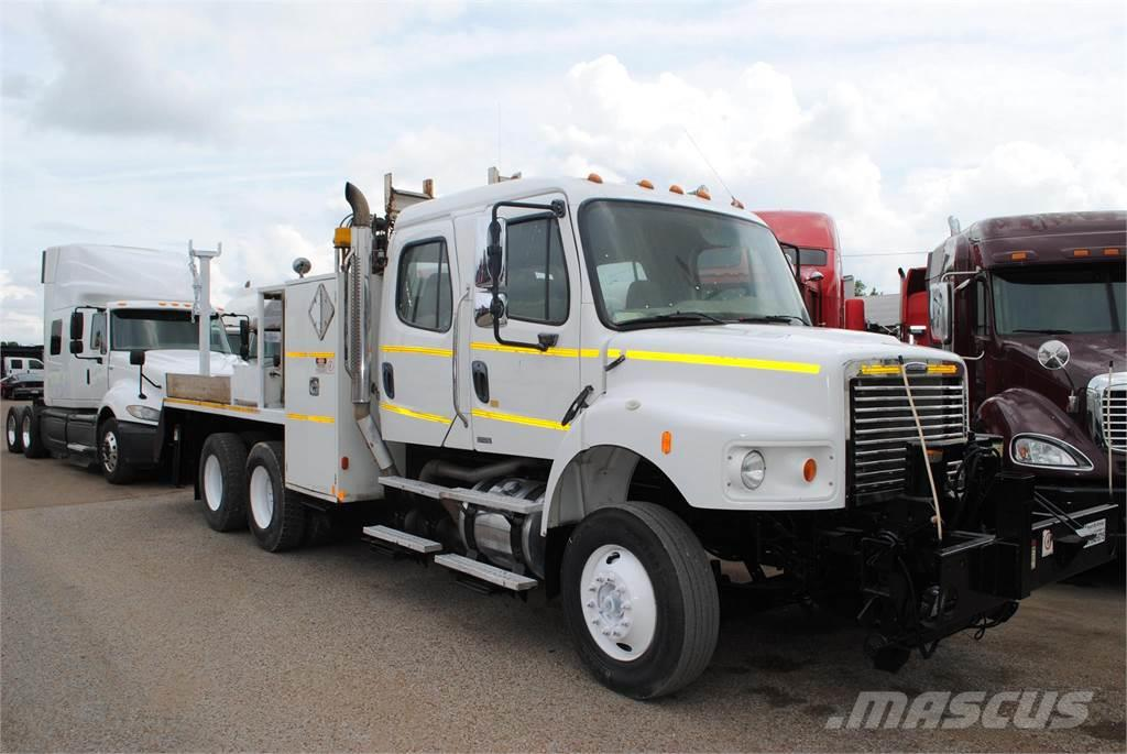 Freightliner BUSINESS CLASS M2 112