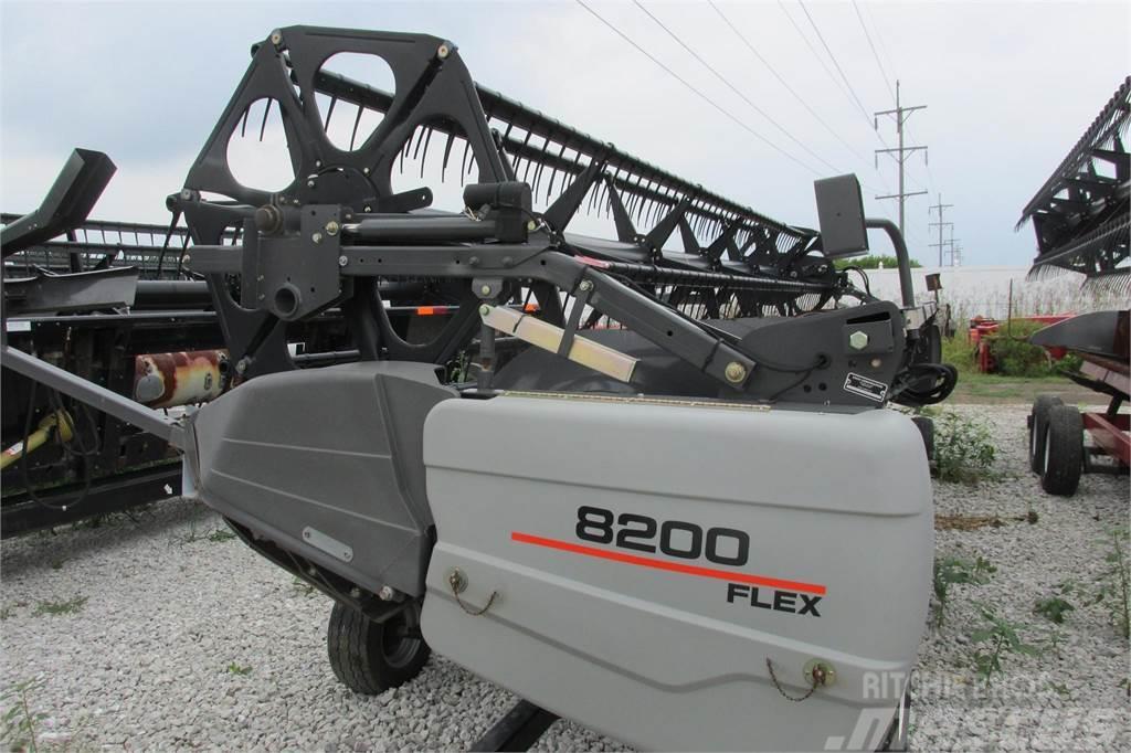 Gleaner 8200