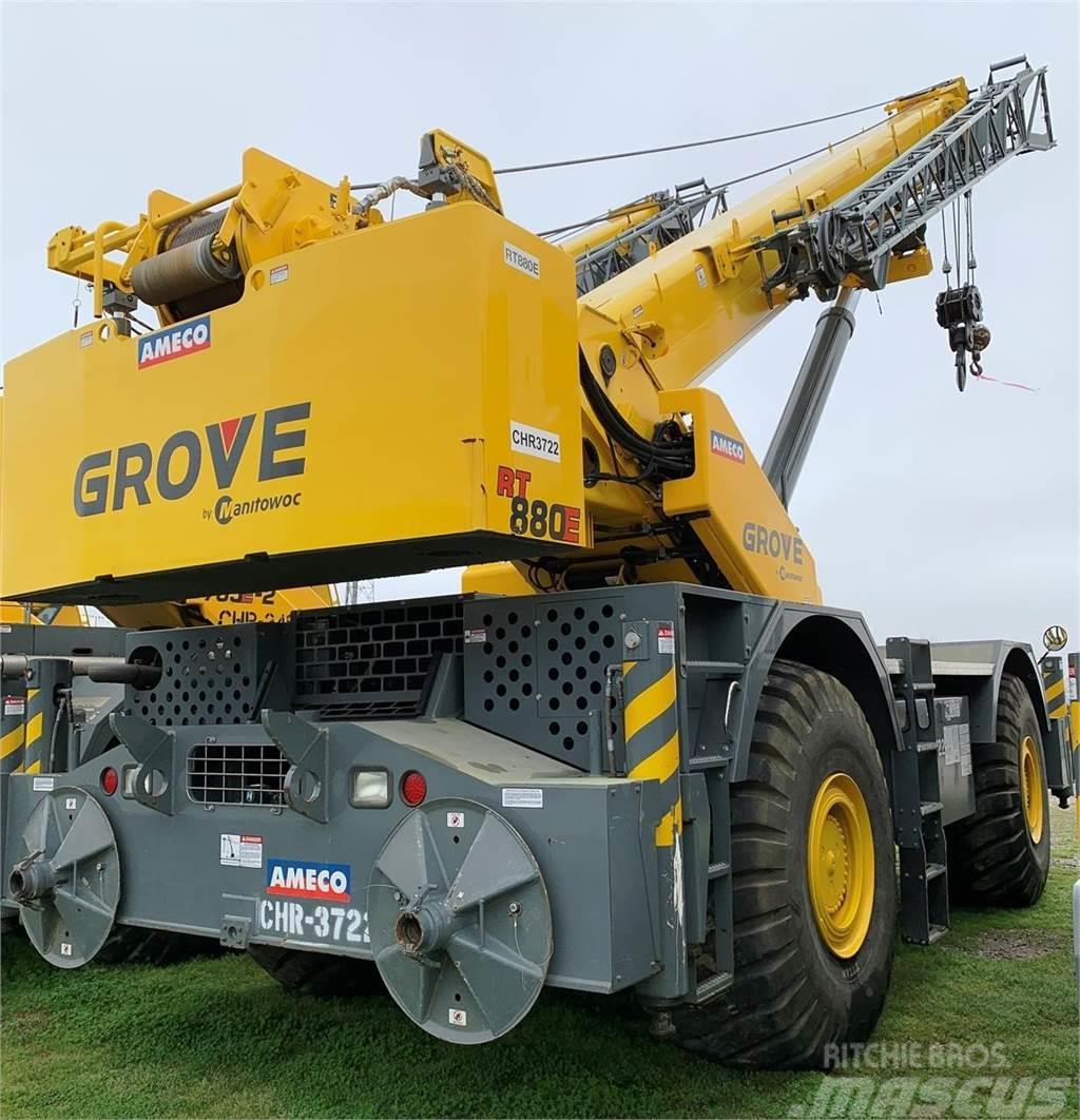 Grove RT880E