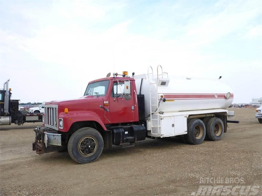International 2574, 1999, Tank Trucks ...