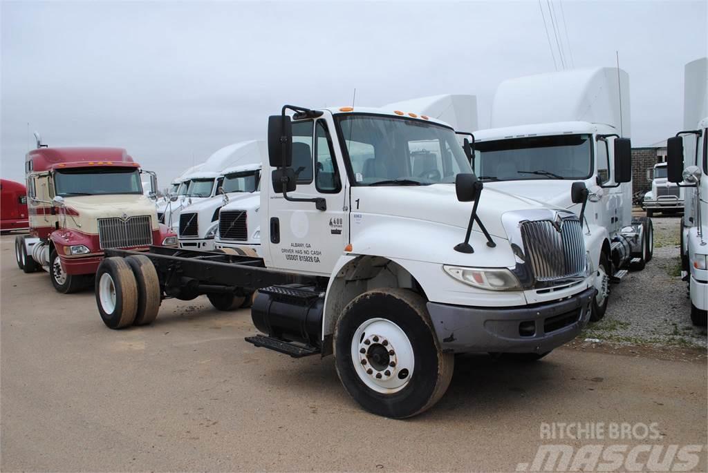 international 4400  precio  10 689  u20ac  a u00f1o de fabricaci u00f3n  2006  camiones chasis