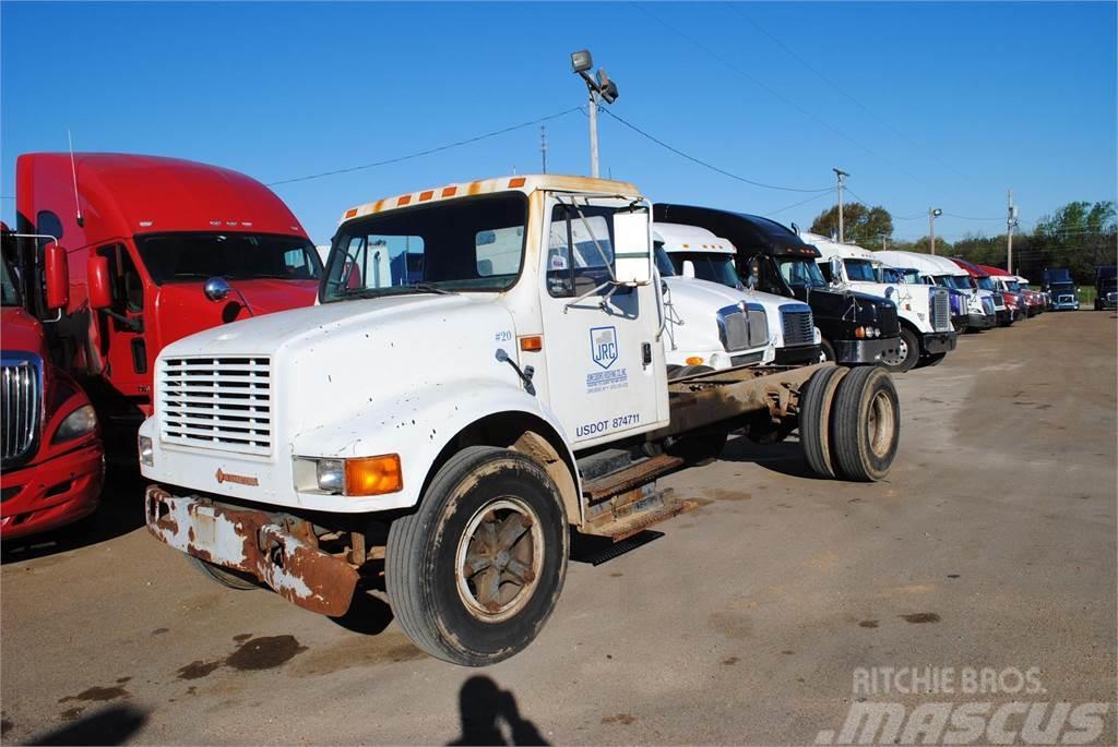 international 4700  precio  3 964  u20ac  a u00f1o de fabricaci u00f3n  1991  camiones chasis